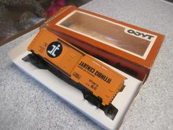 Tyco #311-B HO Scale Illinois Central 40' Boxcar #IC 16470 V